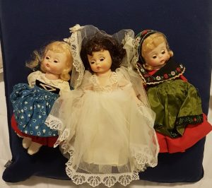 Fading Childhood Memories: Christmas presents, birthday presents and dolls